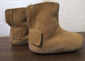 Genuine suede toddler boots